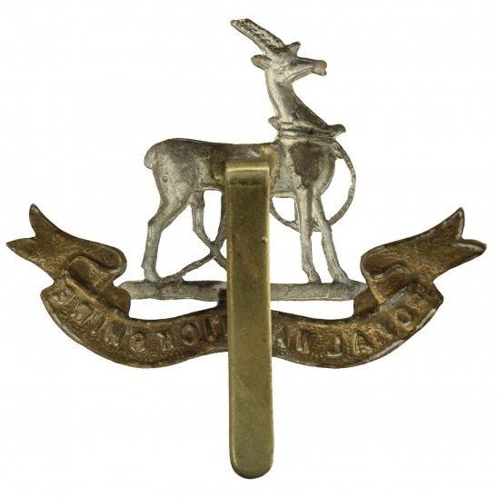 additional image for WW2 Royal Warwickshire Regiment Cap Badge