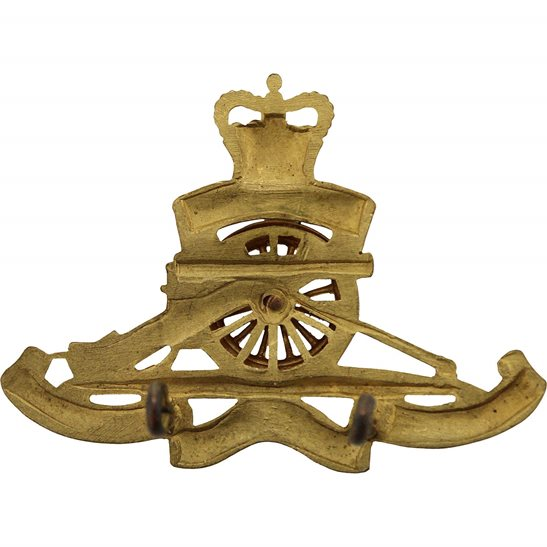additional image for Queens Crown Royal Artillery Regiment OFFICERS Gilt Officer's Cap Badge