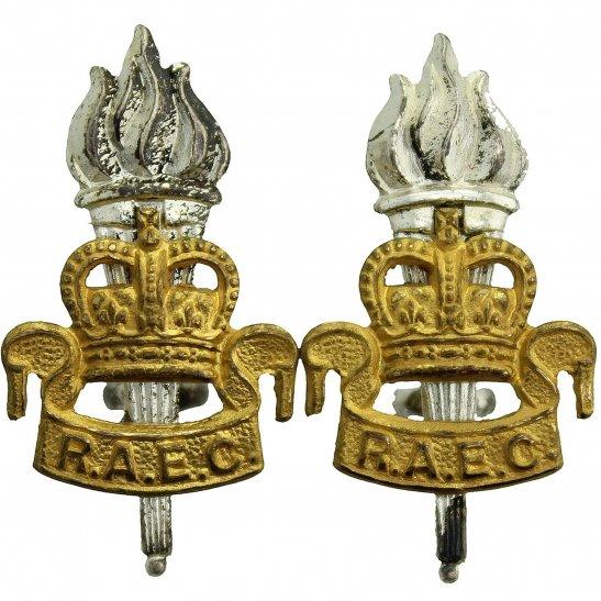 Royal Army Educational Corps RAEC Royal Army Educational Corps RAEC Collar Badge PAIR - Queens Crown