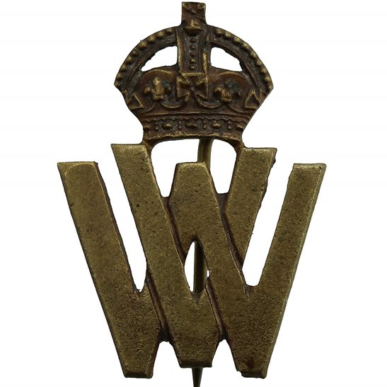 WW1 Womens War Volunteer Worker WV Lapel Badge - JR GAUNT LONDON