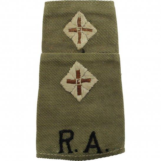 Royal Artillery WW2 Royal Artillery Officers CLOTH Slip-On Epaulette Insignia Pips - Rank of Lieutenant