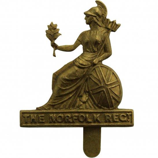 Norfolk Regiment Royal Norfolk Regiment FORAGE Cap Badge - J.R.GAUNT LONDON Makers Mark