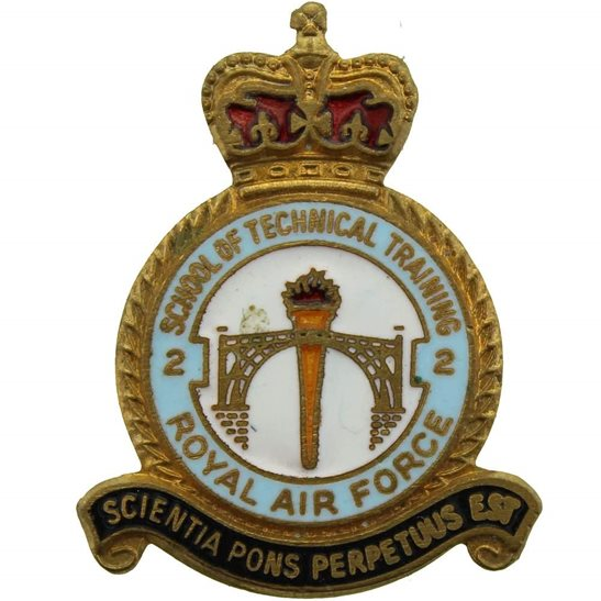 RAF Squadrons Royal Air Force RAF No. 2 School of Technical Training Lapel Badge
