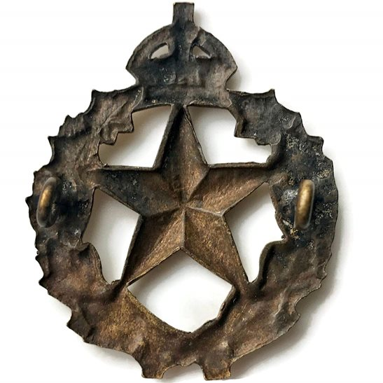 additional image for WW2 Canadian Le Regiment De Montmagny of Canada Cap Badge