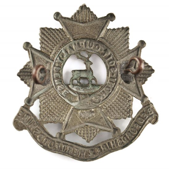 additional image for WW2 Bedfordshire and Hertfordshire Regiment Cap Badge - LUGS VERSION