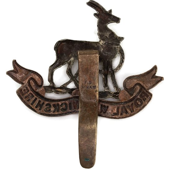 additional image for Royal Warwickshire Regiment Cap Badge - F.N. B'HAM Makers Mark