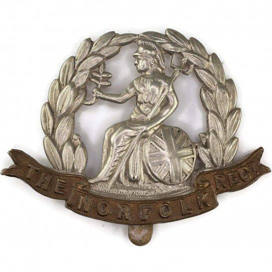 Norfolk Regiment WW1 Norfolk Regiment Cap Badge - FIRST PATTERN