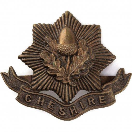 Cheshire Regiment WW1 Cheshire Regiment BRONZE Officers Cap Badge - J.R.GAUNT