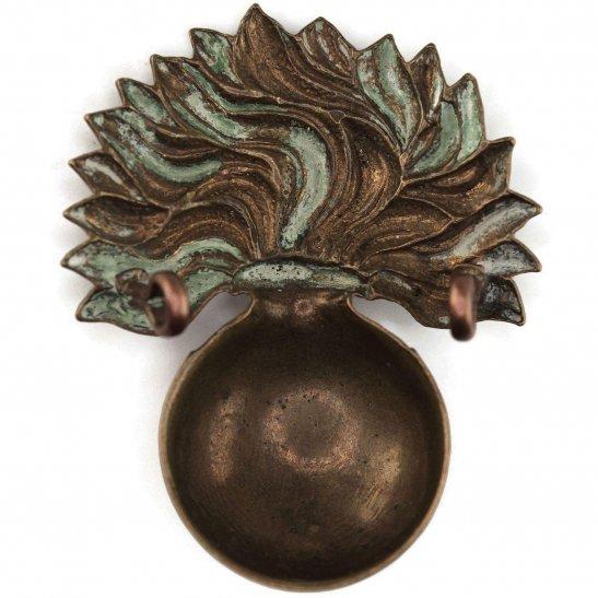 additional image for WW1 Grenadier Guards Regiment Cap Badge