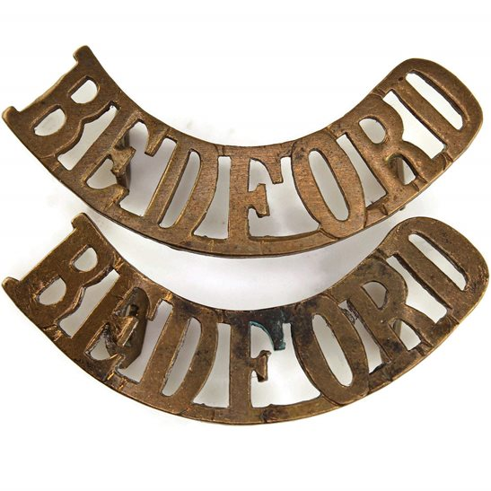 Bedfordshire Regiment WW1 Bedfordshire Regiment Shoulder Title PAIR