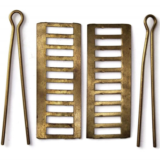 2x Backing Plates & Cotter Pins for a PAIR of WW1 / WW2 British Army Shoulder Titles - 49mm