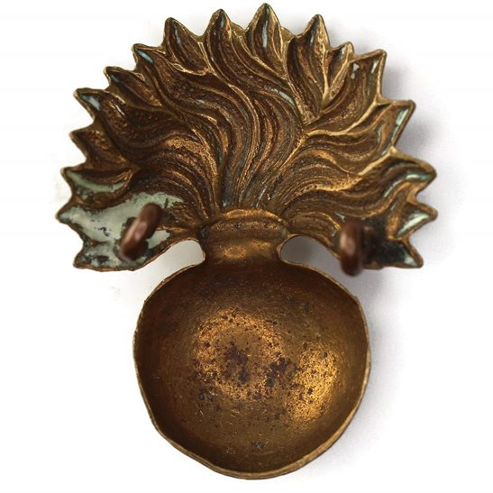additional image for WW1 Grenadier Guards Regiment Cap Badge