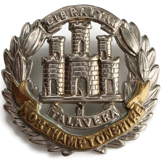 Northamptonshire Regiment Northamptonshire Regiment Cap Badge - EARLY LUGS VERSION