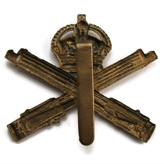 additional image for WW1 Machine Gun Corps MGC Cap Badge