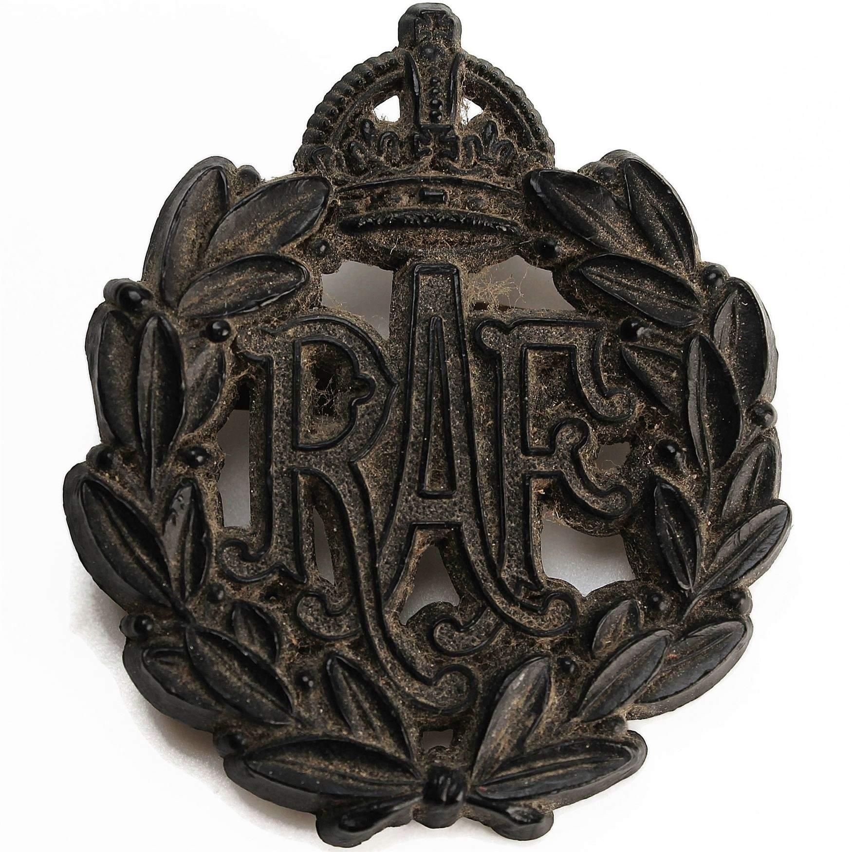 ® Lapel Pin Badge Gift No 130 Squadron Royal Air Force RAF