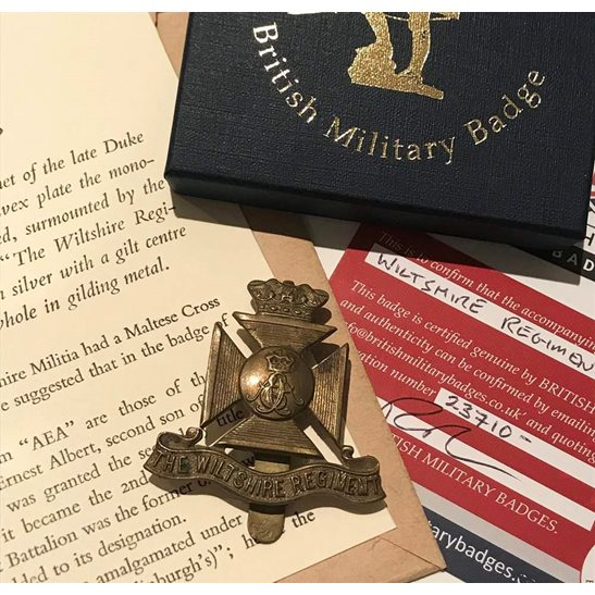 additional image for Wiltshire Regiment Cap Badge in Presentation & Gift Box