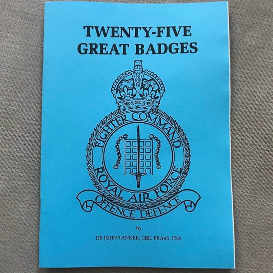 Royal Air Force RAF 25x Royal Air Force RAF Battle of Britain Squadron Badges Guide Booklet / Book