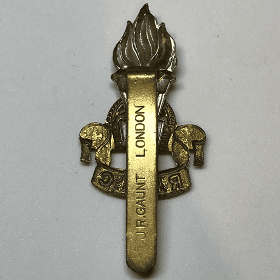 additional image for WW2 Royal Army Educational Corps RAEC Cap Badge