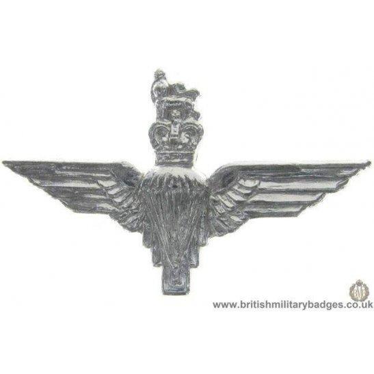 F1C/01 - Parachute Paras Regiment Staybrite Collar Badge