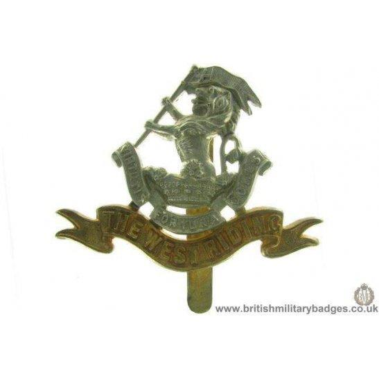 A1A/25 - West Riding Regiment Cap Badge