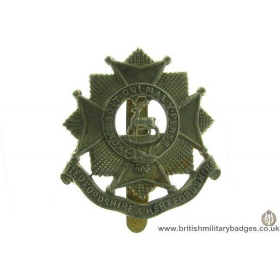 A1A/29 - Bedfordshire & Hertfordshire Regiment Cap Badge