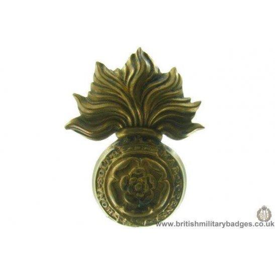 A1A/69 - Royal London Fusiliers Regiment VICTORIAN Cap Badge