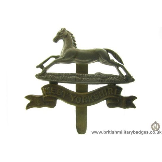 A1B/07 - West Yorkshire Regiment Cap Badge