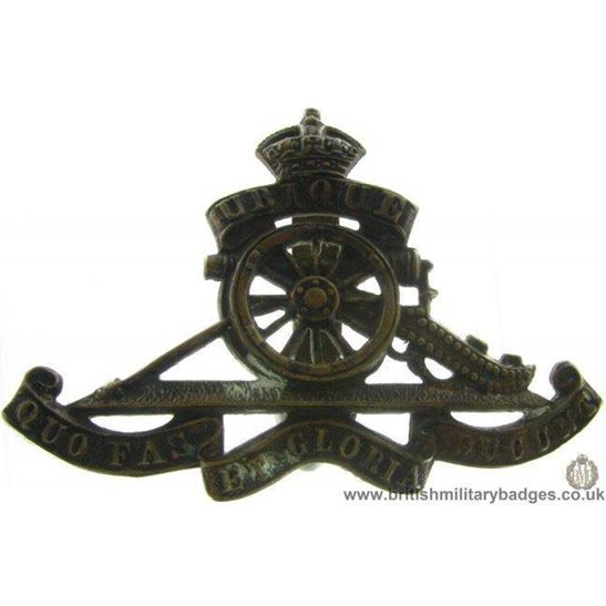 A1B/62 - Royal Artillery Regiment Cap Badge