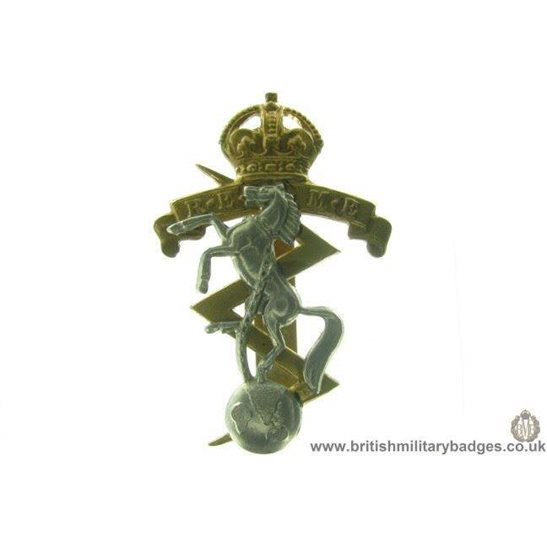 A1C/02 - Royal Electrical & Mechanical Engineers REME Cap Badge