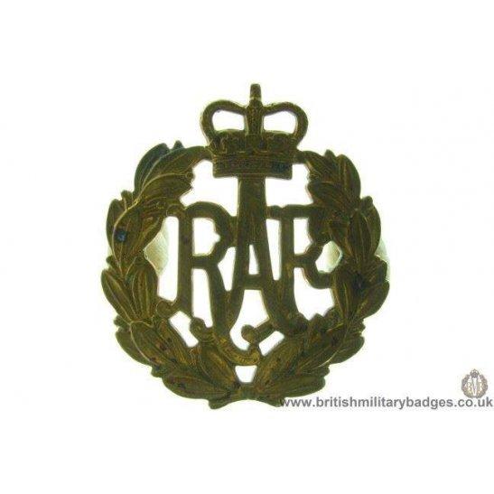 A1C/82 - Royal Air Force RAF Cap Badge - QC