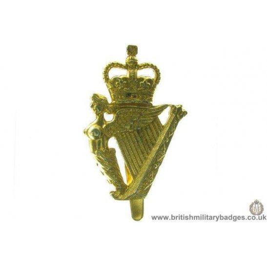 A1C/87 - Ulster Defence Regiment UDR Cap Badge - QC