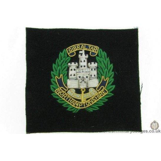 R1B/10 - Northamptonshre Regiment WIRE Blazer Badge