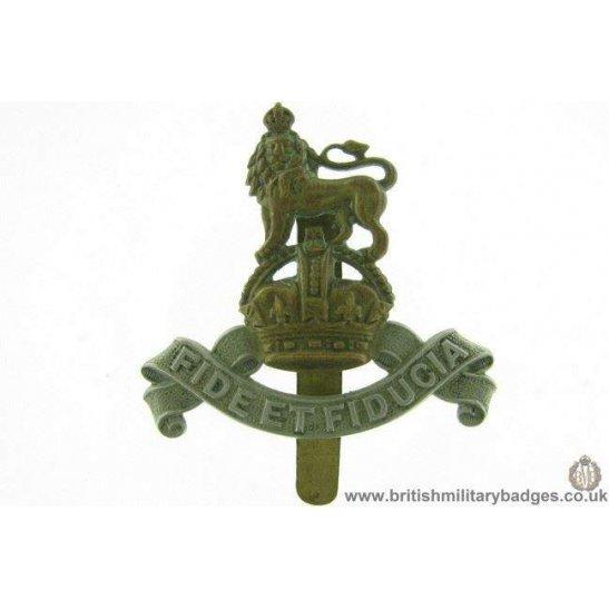 A1E/25 - Royal Army Pay Corps RAPC Cap Badge