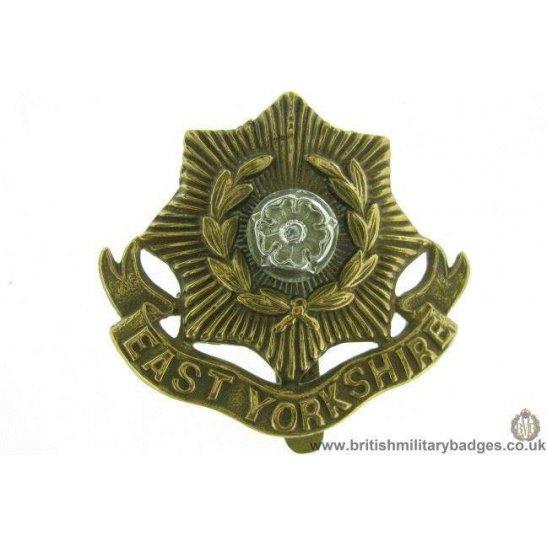 A1E/69 - East Yorkshire Regiment Cap Badge