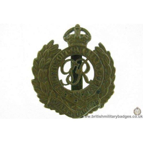 "A1F/29 - Royal Engineers Corps ""George VI"" Cap Badge"