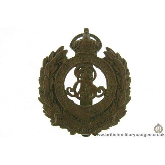 "A1F/46 - Royal Engineers Corps ""Edward VII"" Cap Badge"