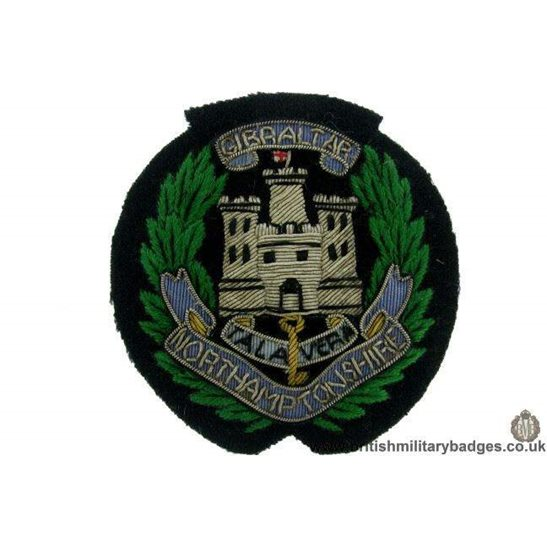 R1B/76 - The Northamptonshire Regiment WIRE Blazer Badge