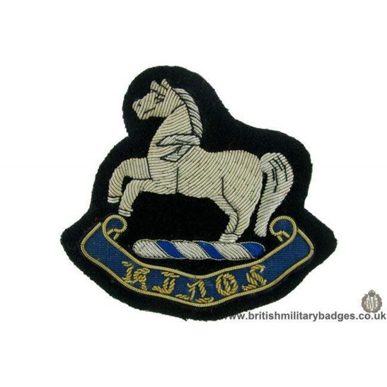 R1B/81 - The Kings Liverpool King's Regiment WIRE Blazer Badge