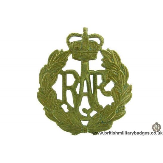 A1F/48 - Royal Air Force RAF Cap Badge - QC