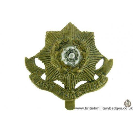 A1F/76 - East Yorkshire Regiment Cap Badge