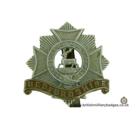 A1F/86 - The Bedfordshire Regiment Cap Badge