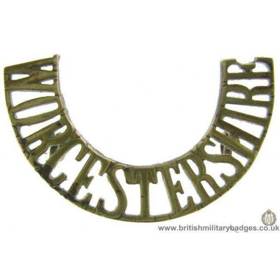 C1F/44 - Worcestershire Regiment Shoulder Title