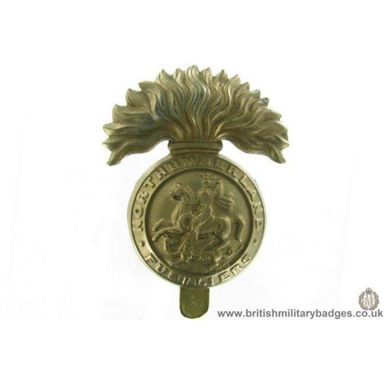 A1G/53 - Northumberland Fusiliers Regiment ALL BRASS Cap Badge