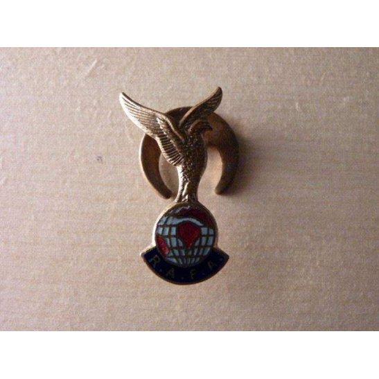 SS09/006 - Royal Air Force Association Lapel Badge
