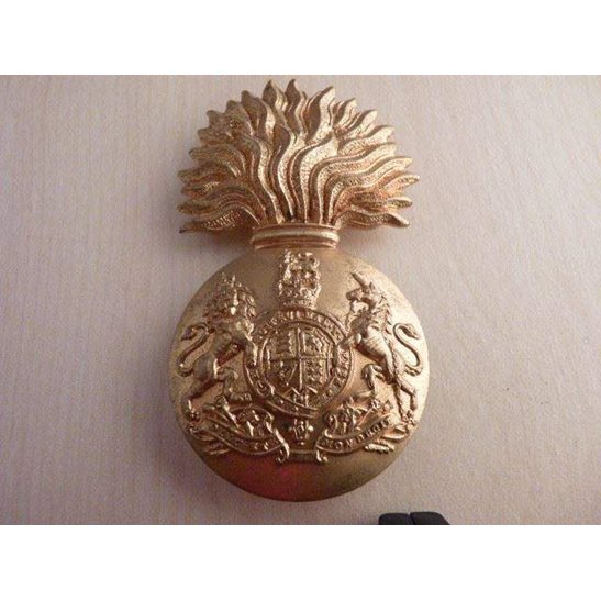 A55/010 - The Scottish Fusiliers Regiment Cap Badge Queens Crown