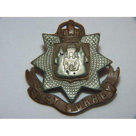Y55/073 - East Surrey Regiment Cap Badge