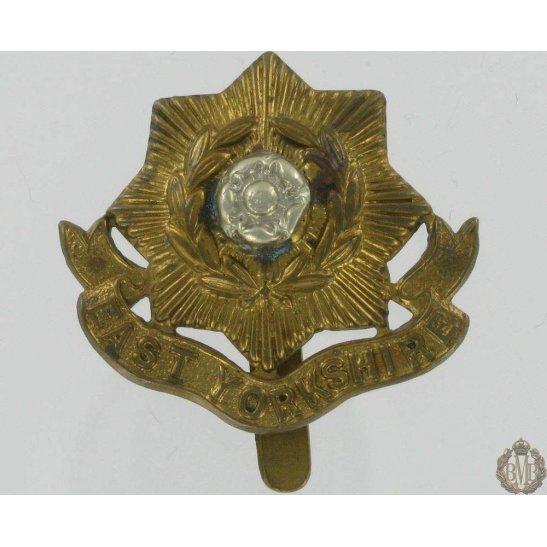 1A/032 - East Yorkshire Regiment Cap Badge - E. Yorks