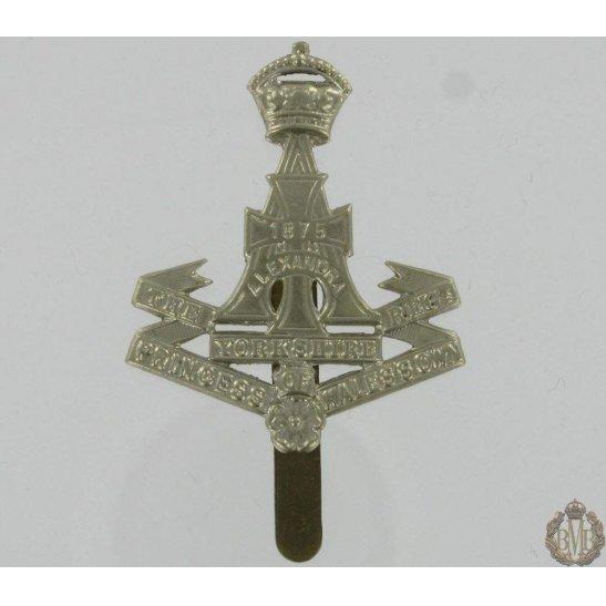 "1A/040 - The Yorkshire ""Green Howards"" Regiment Cap Badge"
