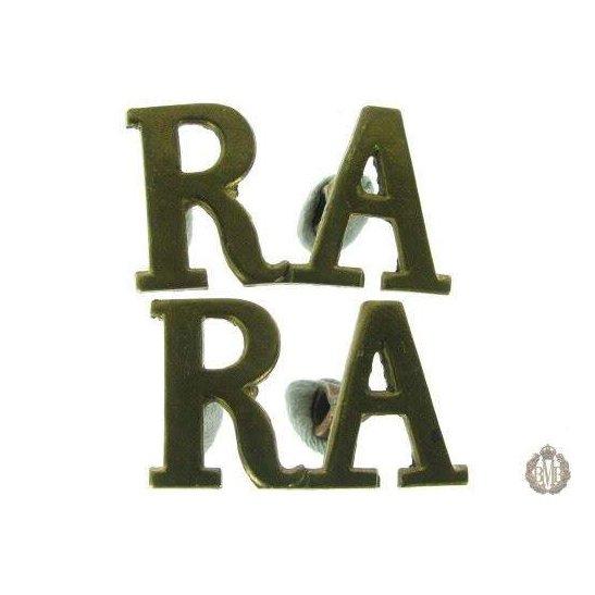 1C/037 - Royal Artillery Regiment RA Shoulder Title Pair