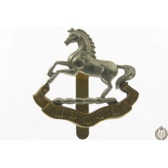 1I/059 - The King's Liverpool Regiment Cap Badge - Kings